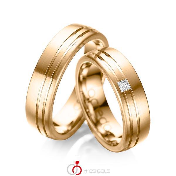 Paar klassische Trauringe/Eheringe in außen Roségold 585 , innen Roségold 585 mit zus. 0,05 ct. Prinzess-Diamant tw, si von acredo - A-1040-4