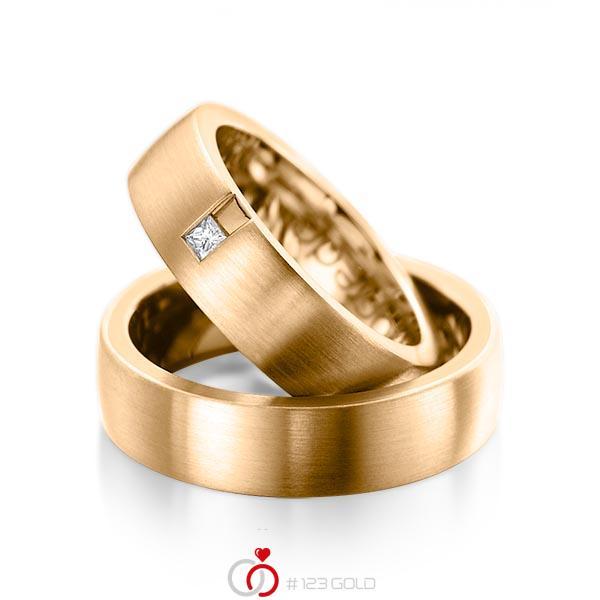 Paar klassische Trauringe/Eheringe in außen Roségold 585 , innen Roségold 585 mit zus. 0,06 ct. Prinzess-Diamant tw, si von acredo - A-1091-5
