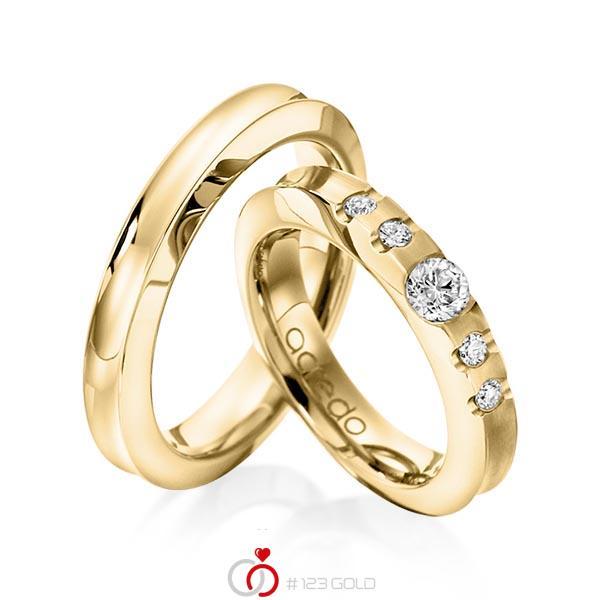 Set klassieke trouwringen in geelgoud 14 kt. met 0,3 ct. + in totaal 0,12 ct. Briljant tw/si van acredo - A-1118-3