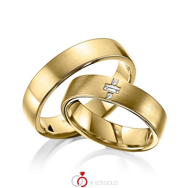 Set klassieke trouwringen in geelgoud 14 kt. met in totaal 0,07 ct. Briljant & Baguette-Diamant tw,vs van acredo - A-6008-3